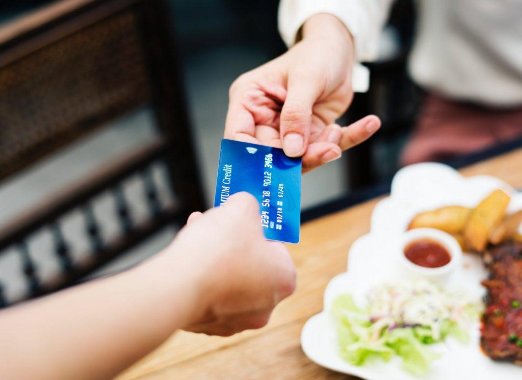 cost-tranzactii-bancare