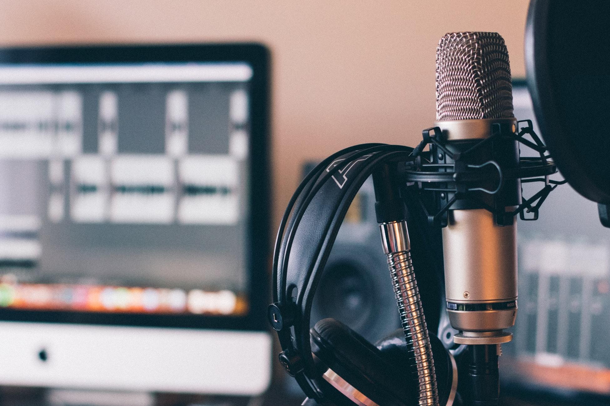 12+ Cele mai populare podcasturi din Romania - de business, si nu numai